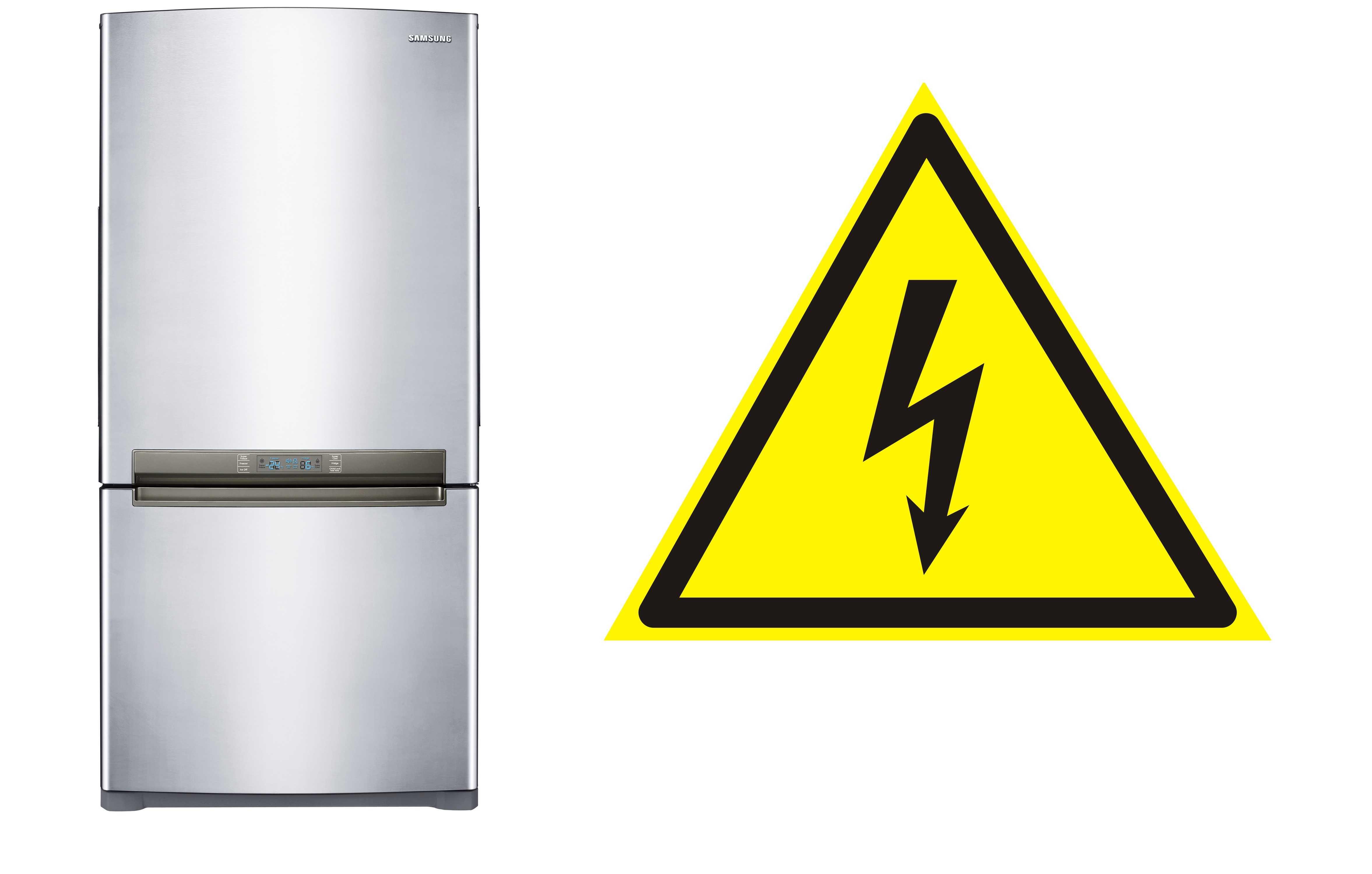 Холодильник бьет током